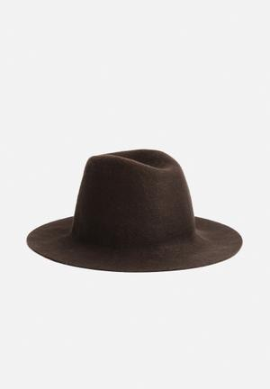 Simon And Mary Monza Fold Dip Headwear Brown