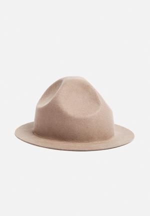 Simon And Mary Mounty Raw Hat Headwear Beige