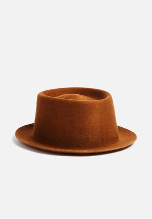 Simon And Mary Pork Pie Hat Headwear Tan
