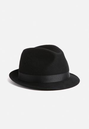Simon And Mary Alfredo Hat Headwear Black