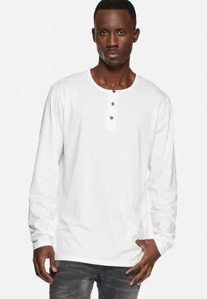 Basicthread Henley Tee T-Shirts & Vests White