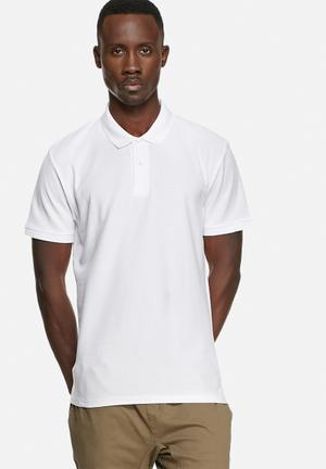 Basicthread Regular Fit Polo T-Shirts & Vests White