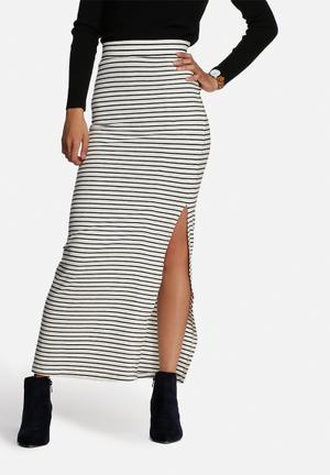 VILA Honesty Maxi Skirt White & Black