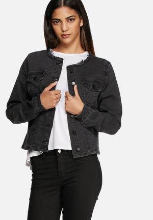 VILA Novelle Denim Jacket Black