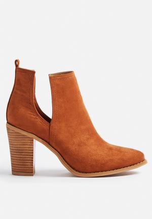 Billini Mavis Boots Tan