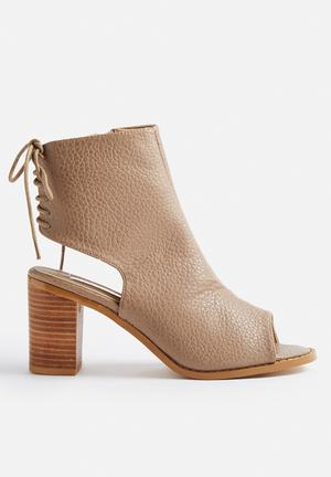 Billini Reina Boots Taupe