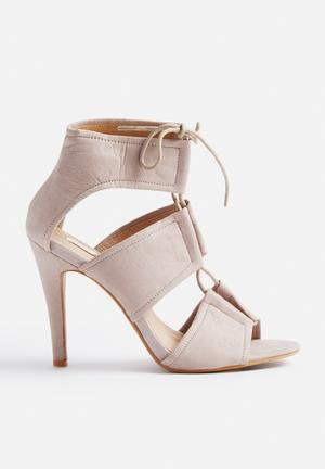Billini Orto Heels Grey