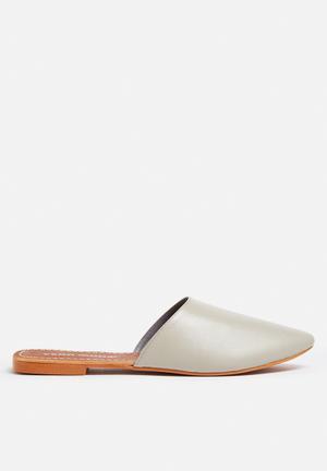 Vero Moda Christel Leather Mule Pumps & Flats Grey