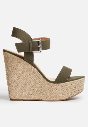ONLY Amy Wedge Heels Khaki