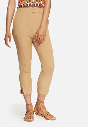 Front row pants