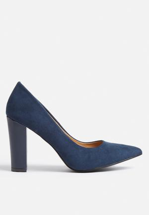 Madison® Julia Heels Navy
