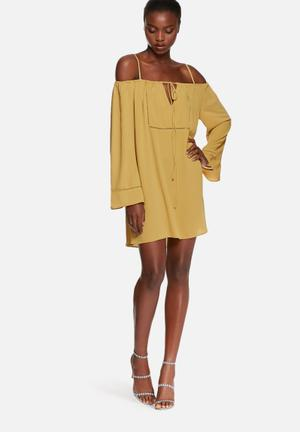 Glamorous Mustard Cold Shoulder Dress Casual Mustard