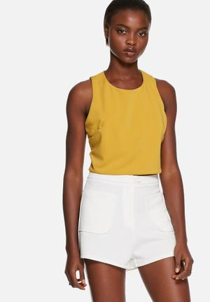 Glamorous Cut-out Crop Top Blouses Yellow