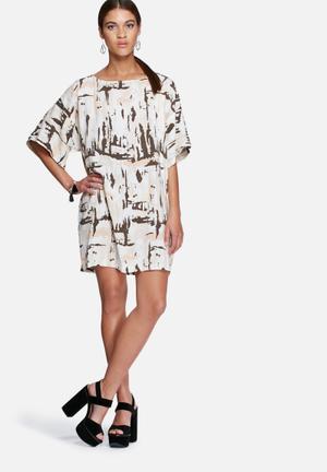 Arty tunic dress