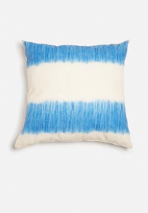 Hertex Fabrics Tangier Marina Cushion  95% Polyester 5% Linen Front, Cotton Twill Back