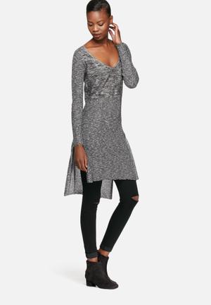 Vero Moda Blacke Knit Top Knitwear Black & White