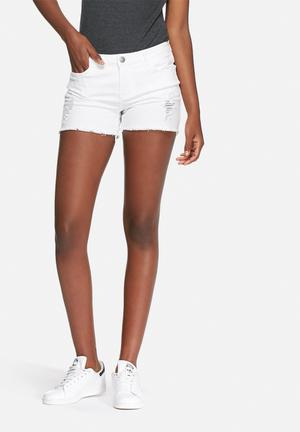 VILA Fear Denim Shorts White
