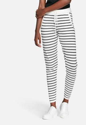 VILA Gema Knit Pants Trousers White & Black