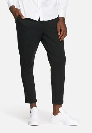 Only & Sons Solid Cropped Chino Black