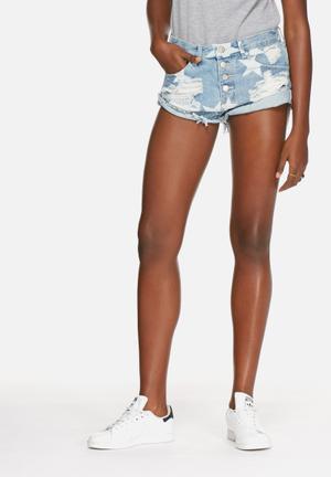 Glamorous Star Shorts Light Blue Denim