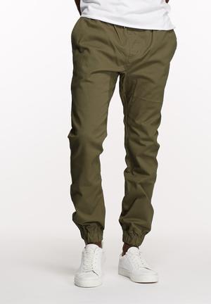 Basicthread Blaze Jogger Pants & Chinos Olive