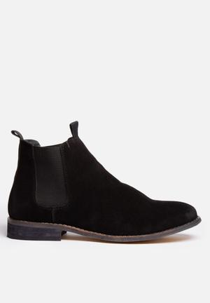 Billie  Callum Boots Black