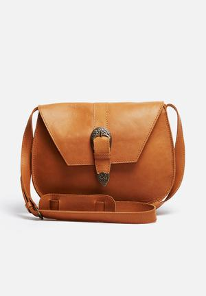 FSP Collection Nesbit Leather Saddle Bag Tan