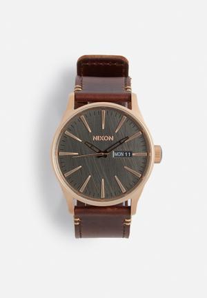 Nixon Sentry Leather Watches Rose Gold / Gunmetal / Brown