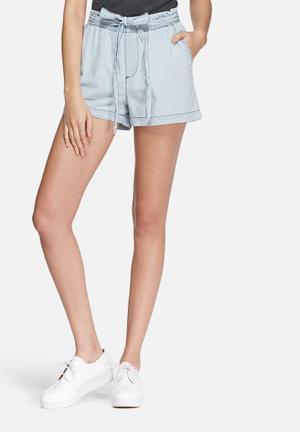 Jacqueline De Yong Holden Shorts Light Blue