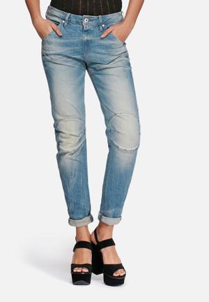 G-Star RAW 5620 3D Low Boyfriend Jeans Medium Blue