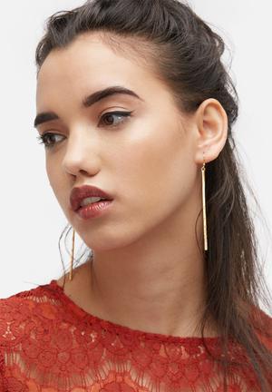 Black Betty The Topaz Bar Earrings Jewellery Gold