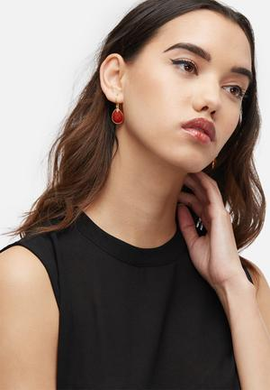 Black Betty Hooked Tears Jewellery Gold & Red