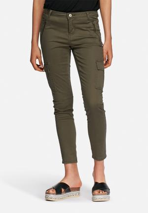 ONLY Kamelia Cargo Cropped Pants Trousers Olive