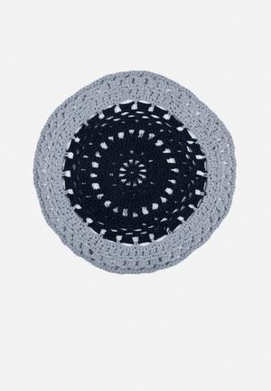 Block yarn rug