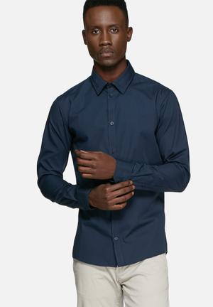 Casual Friday Devon Slim Shirt Navy