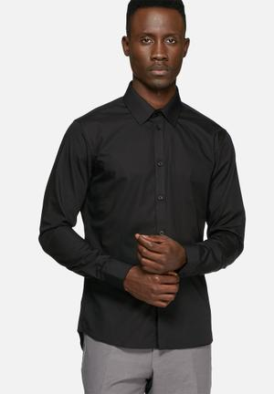 Casual Friday Devon Slim Shirt Black