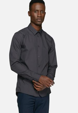 Casual Friday Devon Slim Shirt Charcoal