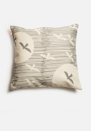 Skinny La Minx Across The Sea Cushion Cover Cotton / Linen