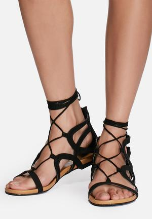 Zoom Maria Sandals & Flip Flops Black