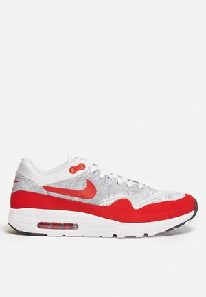 Nike Air Max 1 Ultra Flyknit Sneakers White / University Red