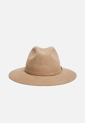 Simon And Mary Katherine Headwear Camel