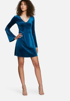 Dailyfriday Velvet V-neck Dress Casual Blue