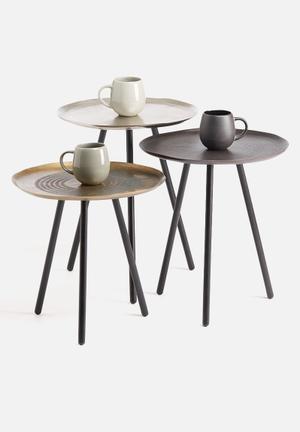 Sixth Floor Round Table Set Of 3 Aluminium