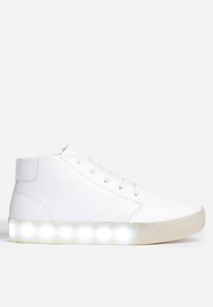 My Pop Shoes Chukka Pop Sneakers White