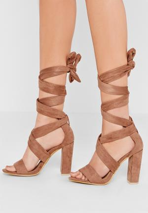 Missguided Thick Strap Block Heel Tan