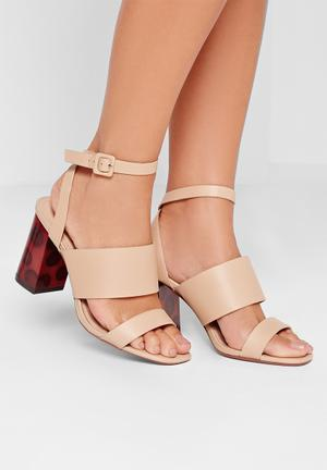 Missguided Block Heel Sandal Nude
