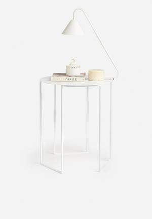 U side table