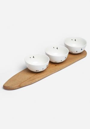 Love Milo Bird Snack Bowl Set Dining & Napery 3 X Porcelain Bowls & Sustainable Wood