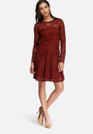 Vero Moda Celeb Lace Dress Occasion Burgundy