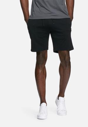 PRODUKT Basic Sweat Shorts Black
